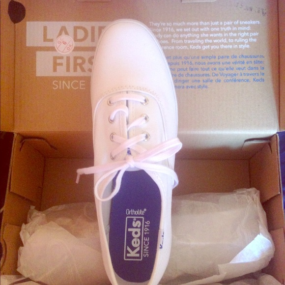 45d23ca636636 Brand New Keds Champions